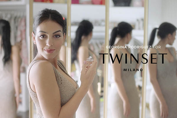 Armando Testa porta in video Georgina Rodriguez negli spot per Twinset