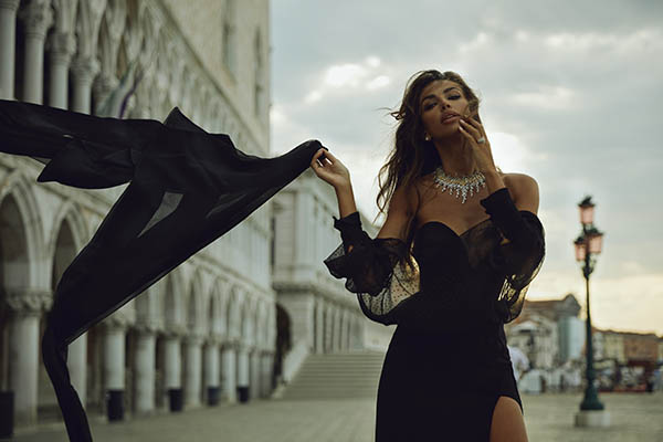 Madalina Ghenea is the protagonist of Damiani's new campaign